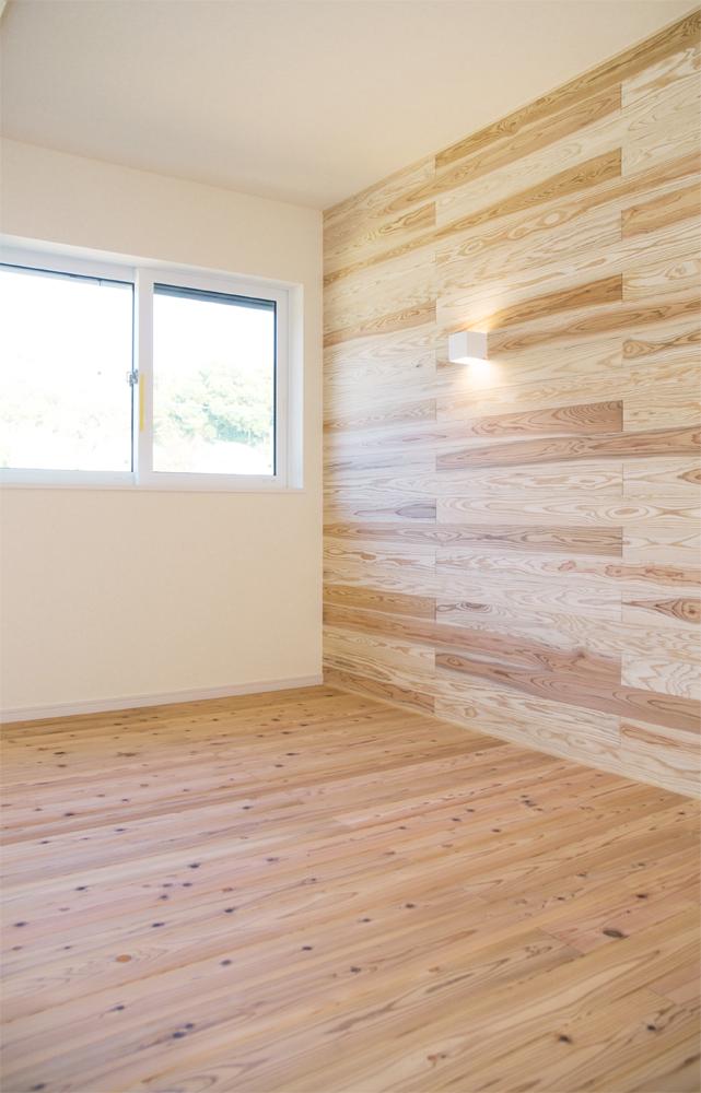 板張り内装の注文住宅Simple Box07