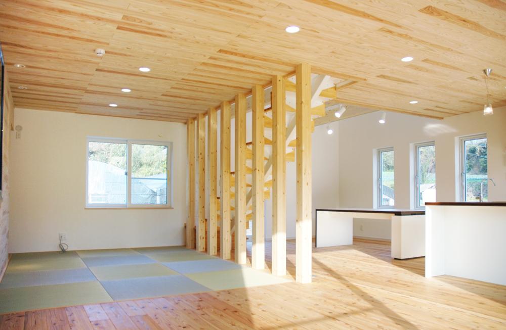 板張り内装の注文住宅Simple Box06