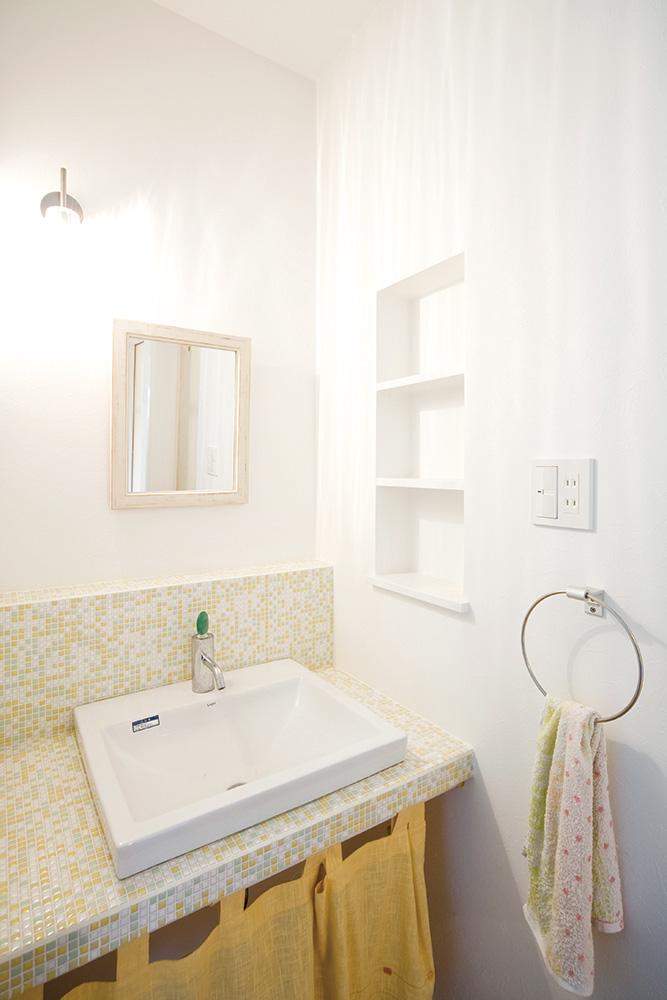 板張り内装の注文住宅Simple Box04