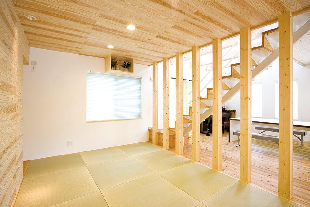 板張り内装の注文住宅Simple Box03