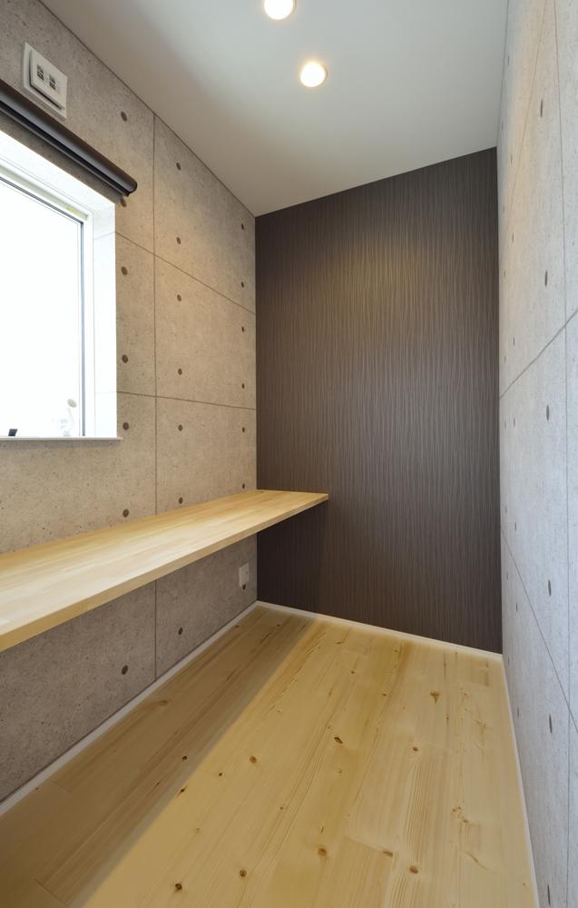 シューズクロークと広いLDKの注文住宅Simple Box08