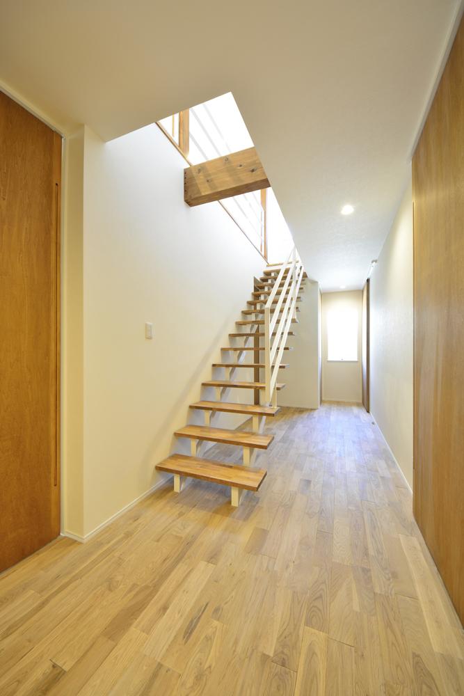 アトリエと2階リビングのある注文住宅Simple Box+Box(シンプルボックス)05
