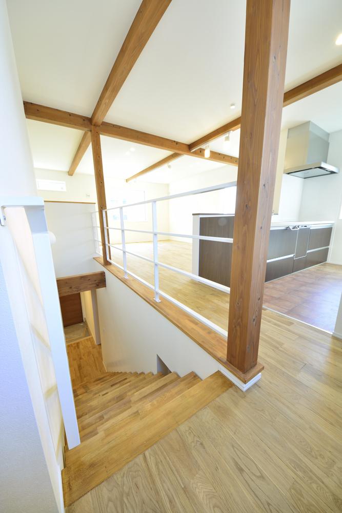 アトリエと2階リビングのある注文住宅Simple Box+Box(シンプルボックス)03