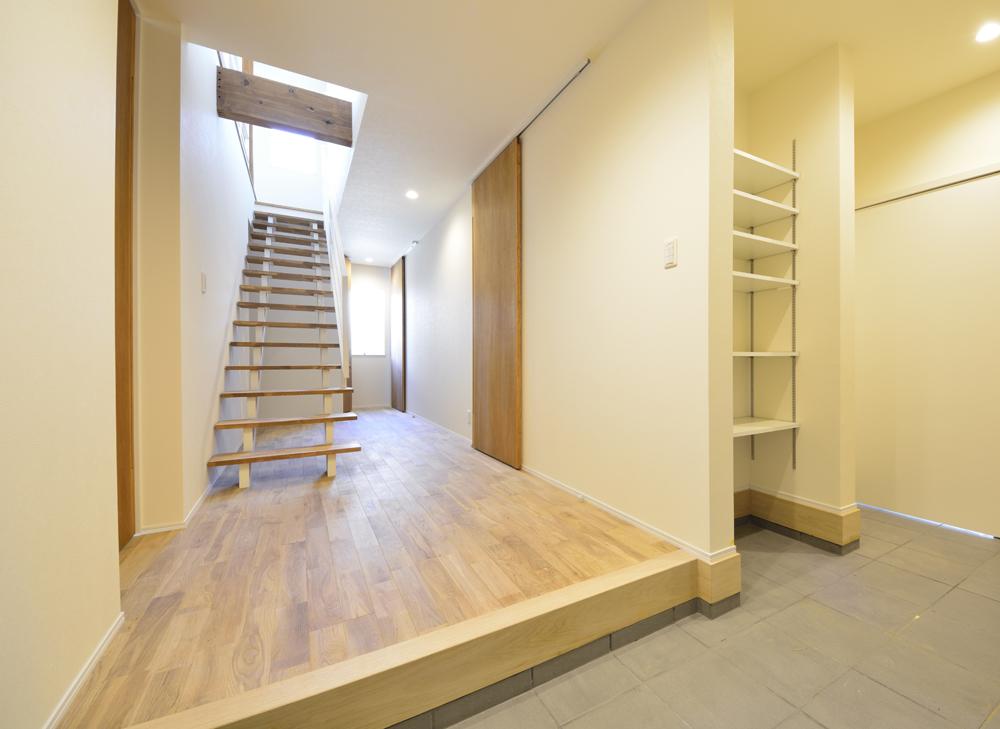 アトリエと2階リビングのある注文住宅Simple Box+Box(シンプルボックス)06