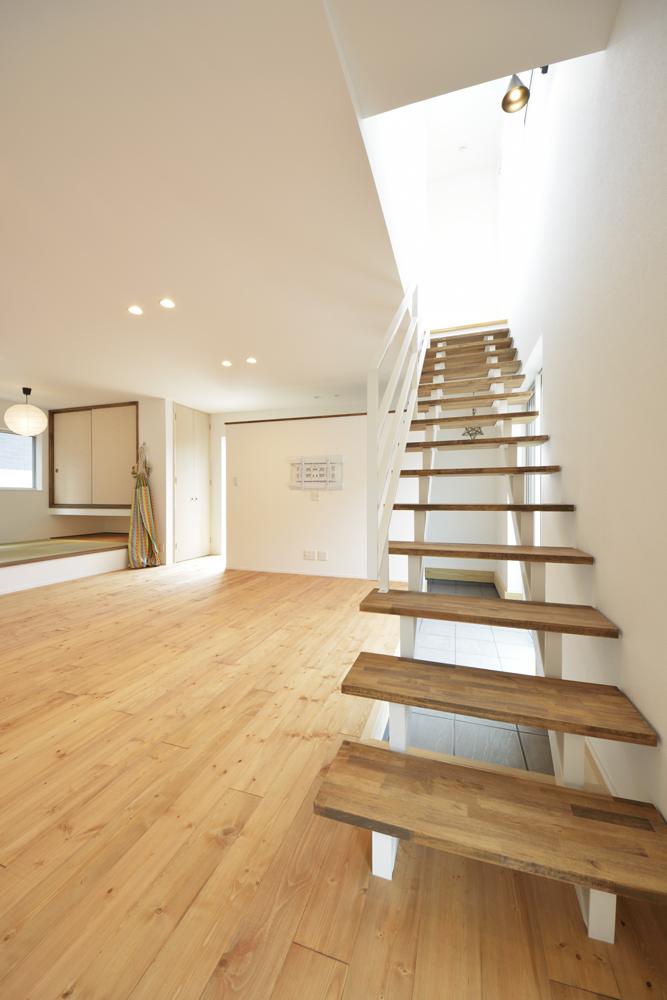 LDKに土間と和室がある注文住宅Simple Box03