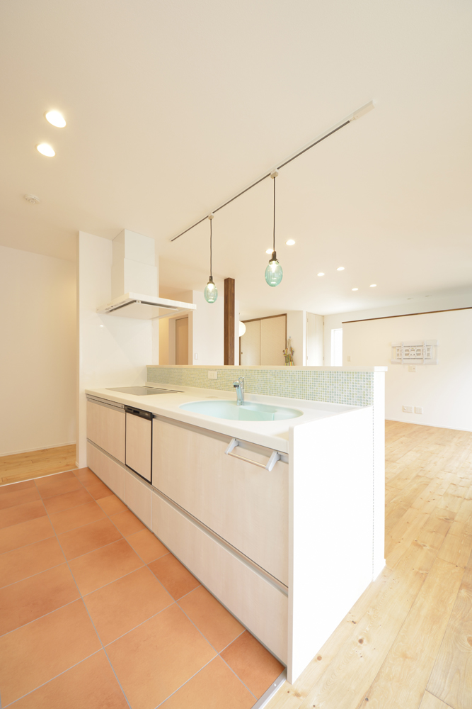 LDKに土間と和室がある注文住宅Simple Box07
