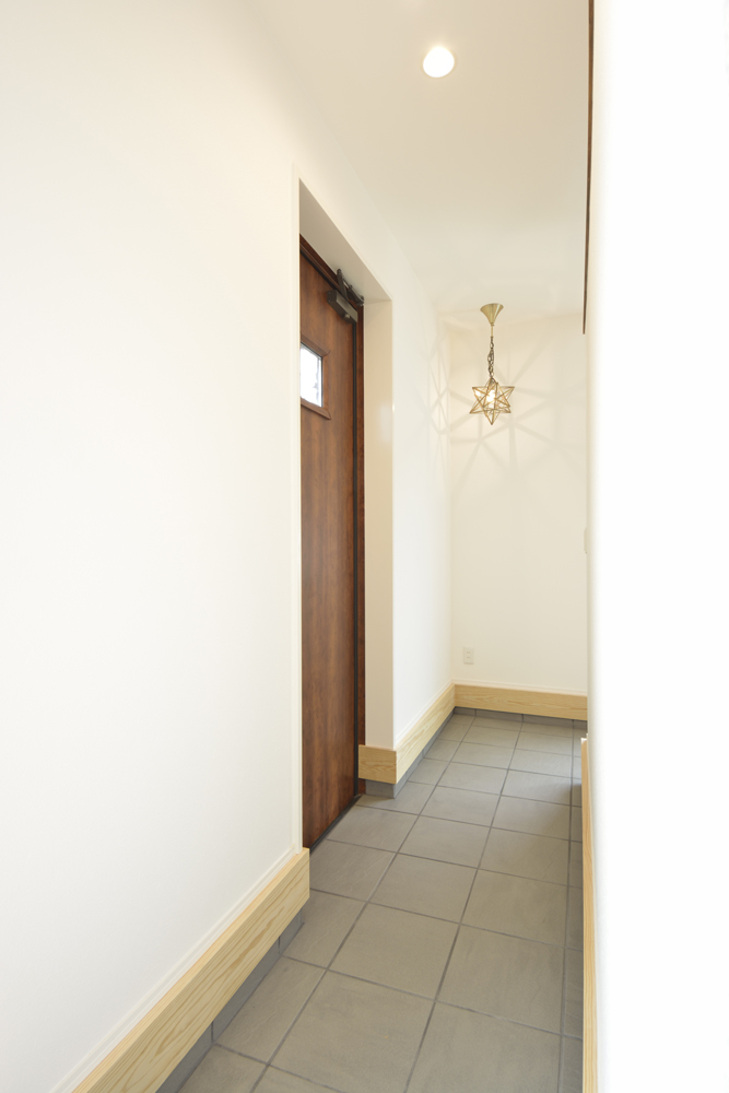 LDKに土間と和室がある注文住宅Simple Box08