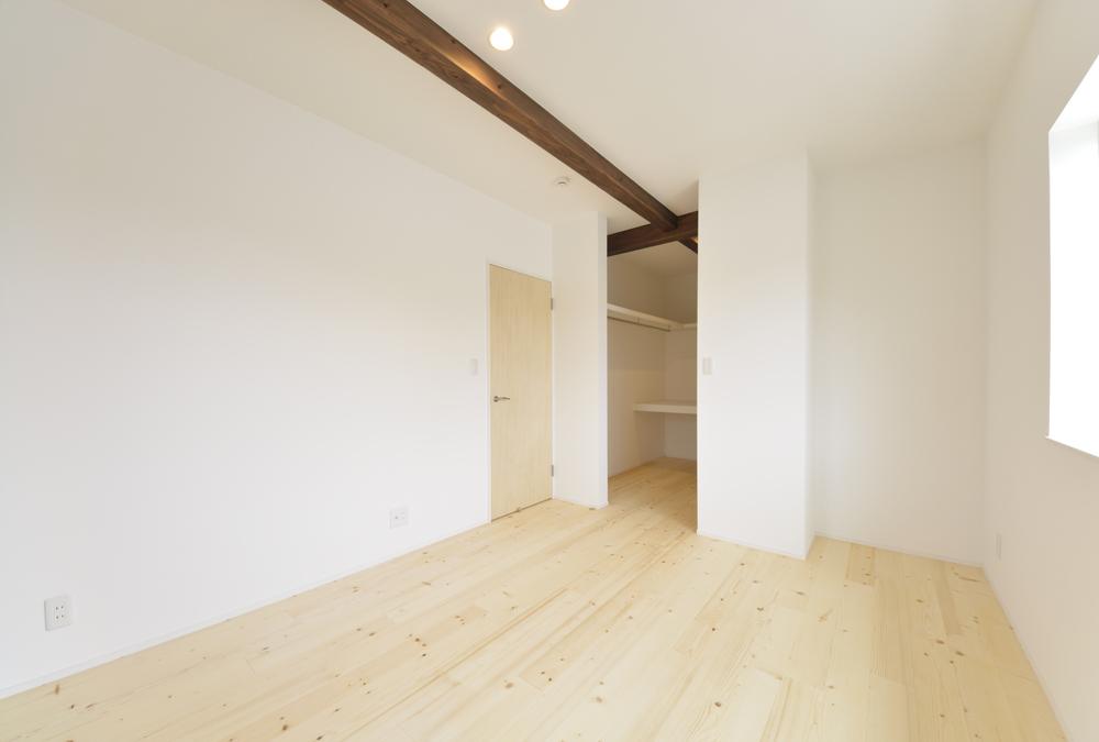 LDKに土間と和室がある注文住宅Simple Box11