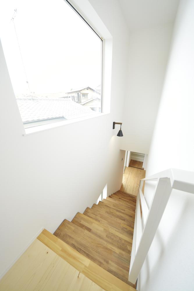 LDKに土間と和室がある注文住宅Simple Box09