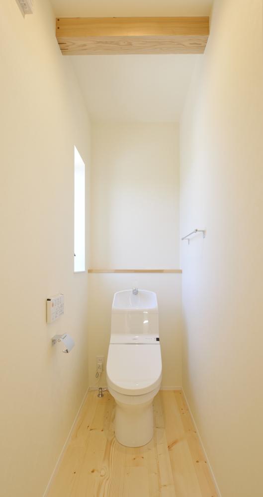 リビングと玄関をやさしく結ぶ、注文住宅Simple Box18