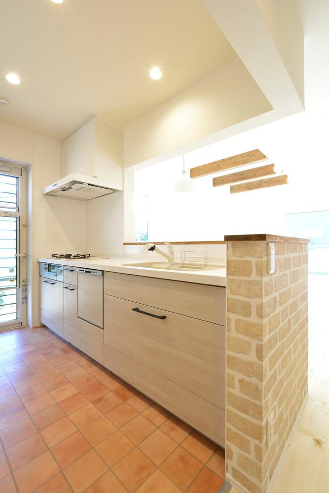 2方向から上がれる注文住宅 Simple Box06