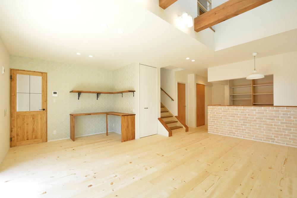 2方向から上がれる注文住宅 Simple Box01