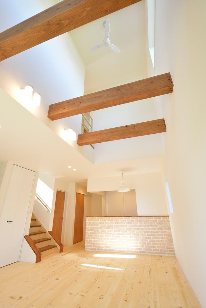 2方向から上がれる注文住宅 Simple Box04