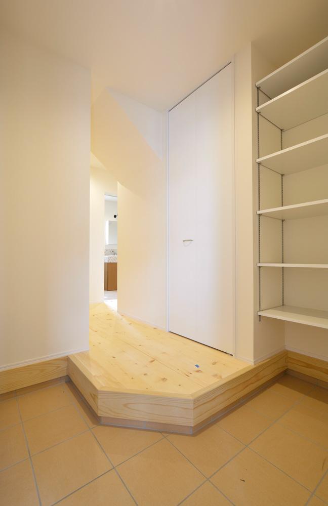 2方向から上がれる注文住宅 Simple Box11