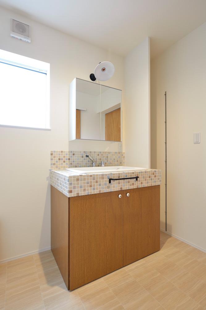 2方向から上がれる注文住宅 Simple Box14