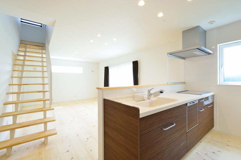 オーダーメイドの造作にこだわった注文住宅 Simple Box02