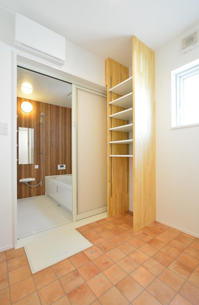 オーダーメイドの造作にこだわった注文住宅 Simple Box18