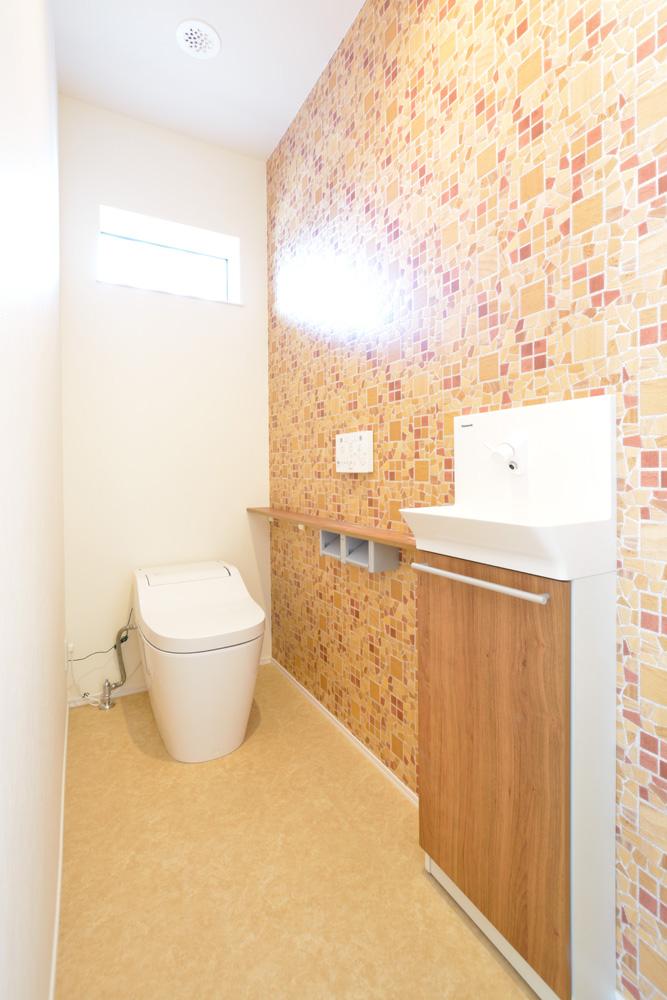 小上がりの和室と広いLDKのある完全オーダーメイドの注文住宅17