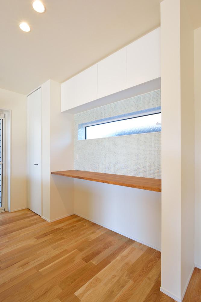 小上がりの和室と広いLDKのある完全オーダーメイドの注文住宅07