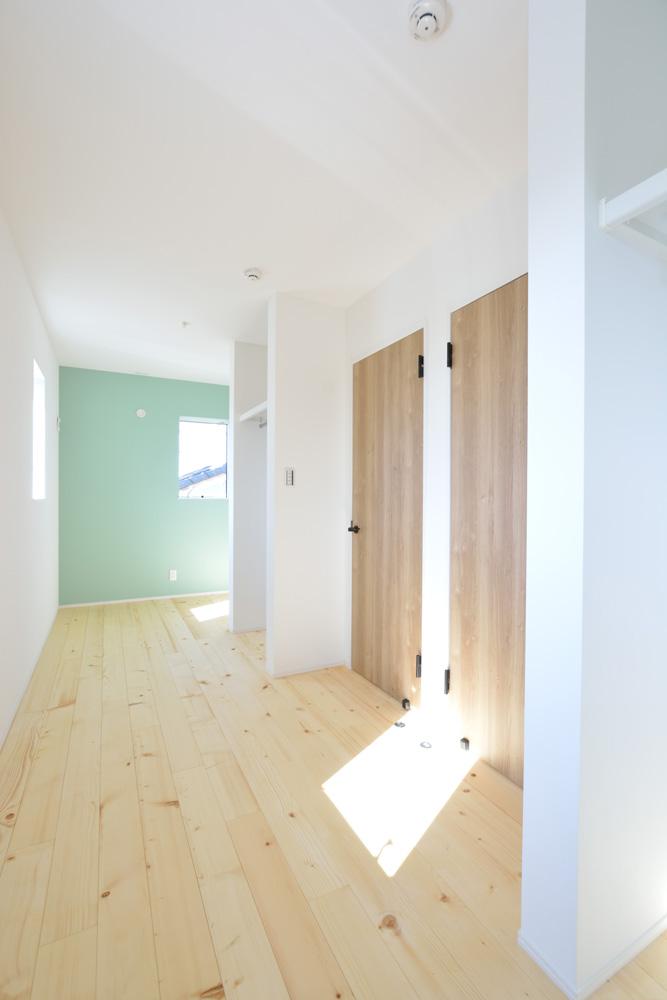 小上がりの和室と広いLDKのある完全オーダーメイドの注文住宅12