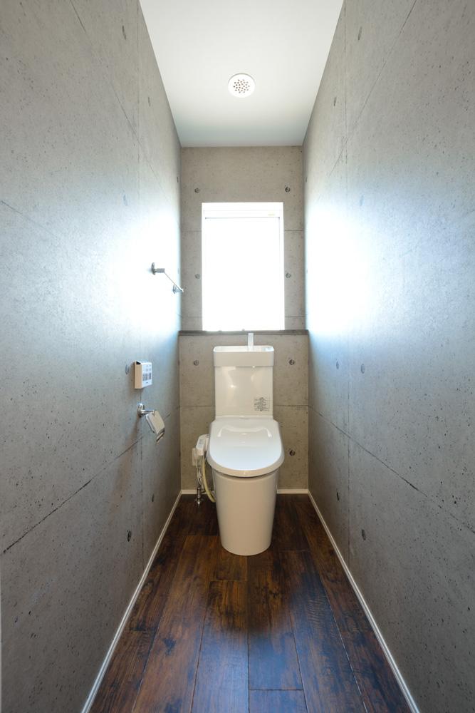 小上がりの和室と広いLDKのある完全オーダーメイドの注文住宅18
