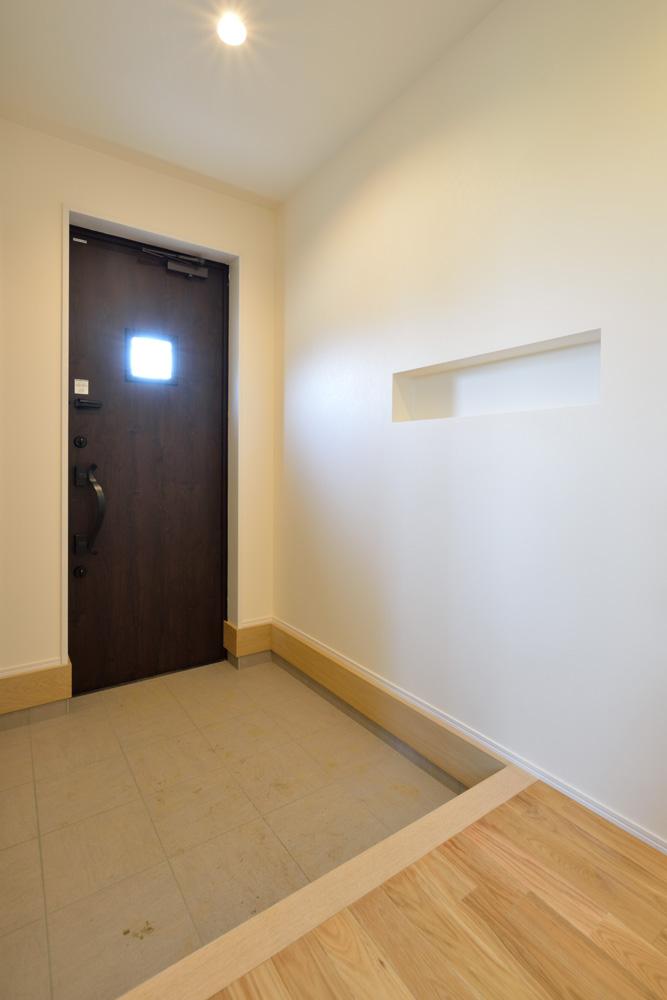 小上がりの和室と広いLDKのある完全オーダーメイドの注文住宅19