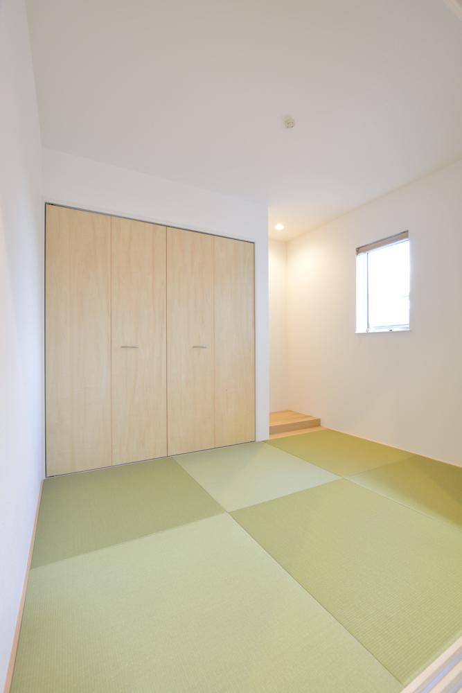 塗り壁をアクセントにした注文住宅 Simple Box+Box05