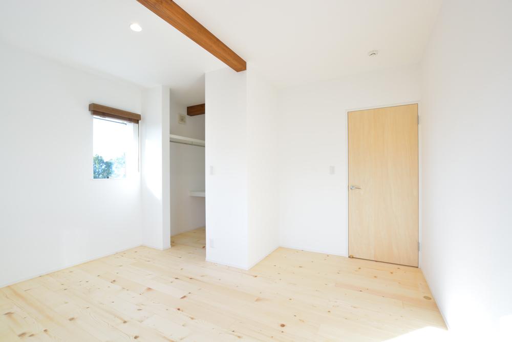 塗り壁をアクセントにした注文住宅 Simple Box+Box13