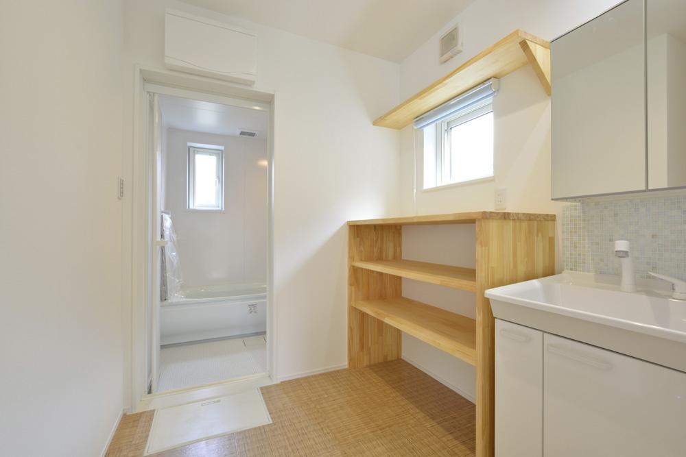 青と白の四角いお家、注文住宅Simple Box20