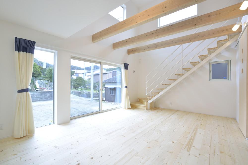 青と白の四角いお家、注文住宅Simple Box07