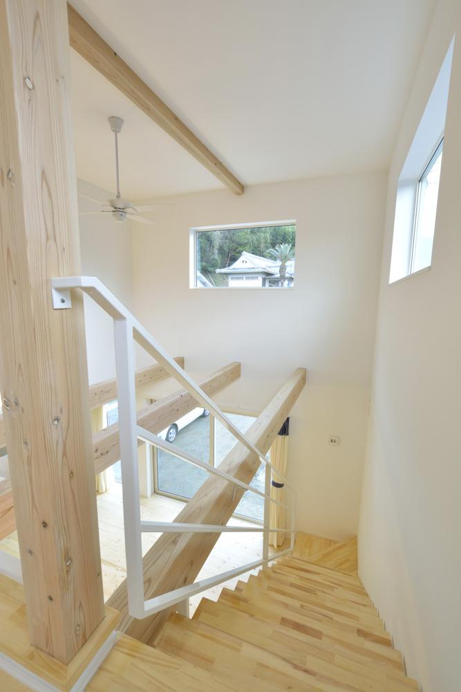 青と白の四角いお家、注文住宅Simple Box14