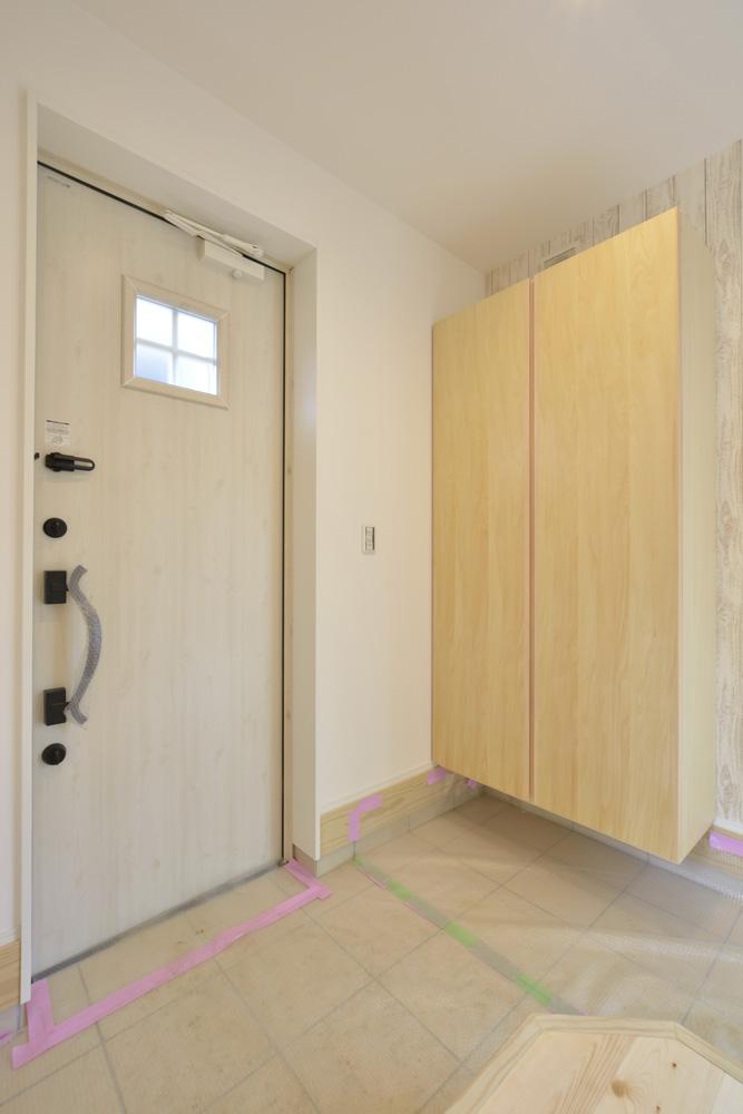 青と白の四角いお家、注文住宅Simple Box10