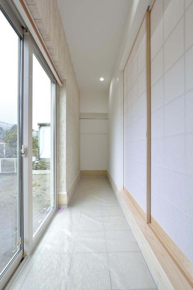 青と白の四角いお家、注文住宅Simple Box12