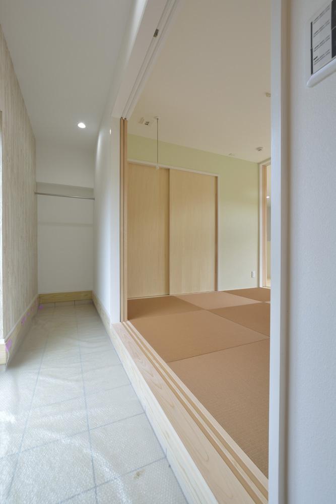 青と白の四角いお家、注文住宅Simple Box13