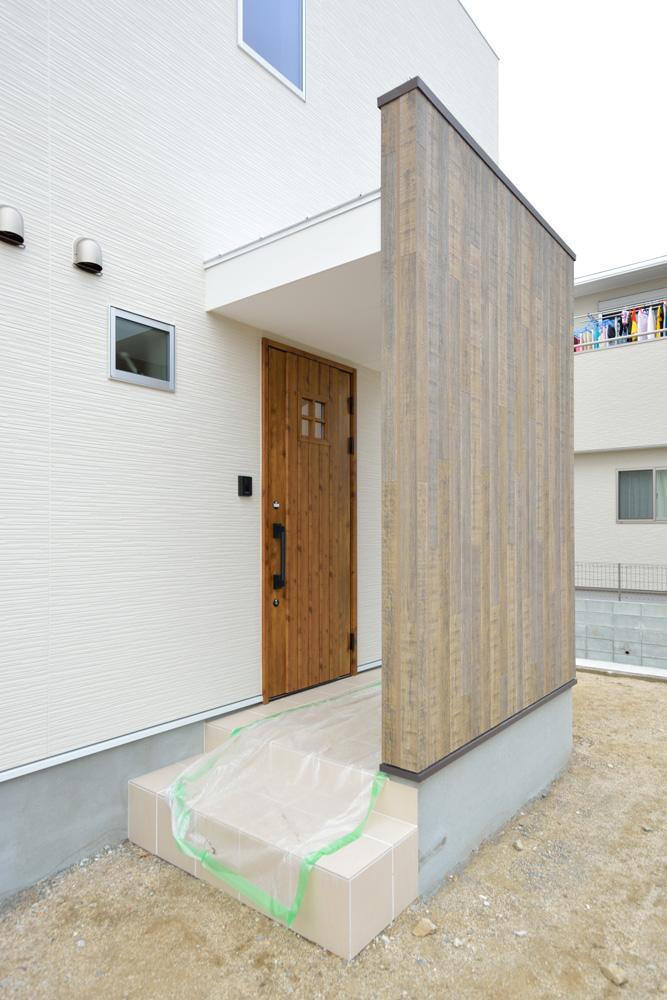 収納スペースを多く設けた注文住宅Simple Box02