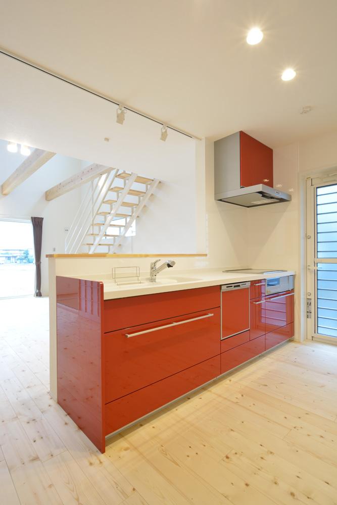 収納スペースを多く設けた注文住宅Simple Box12