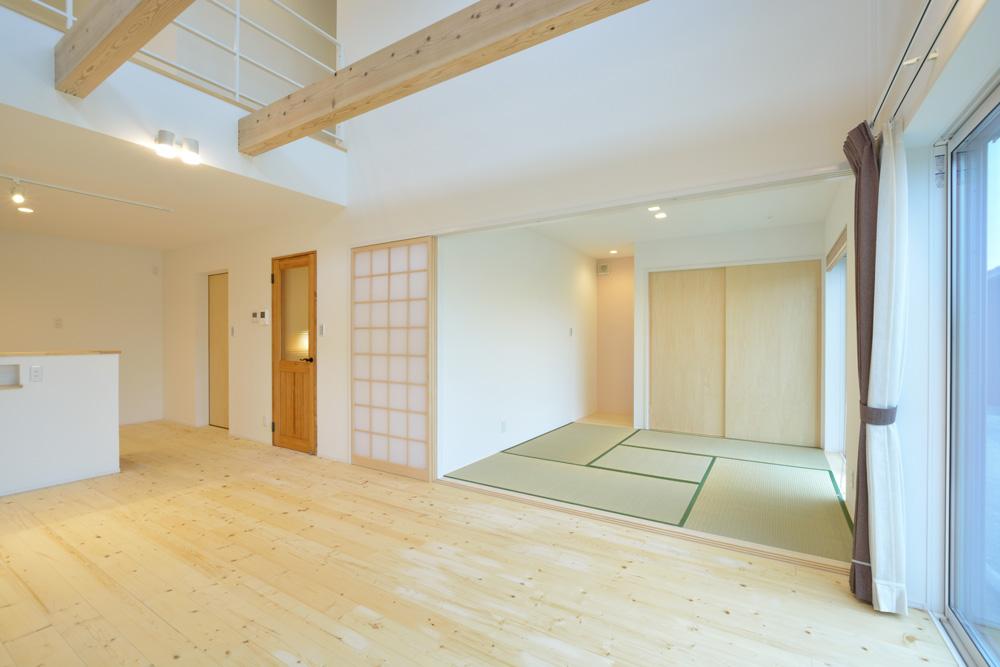 収納スペースを多く設けた注文住宅Simple Box07
