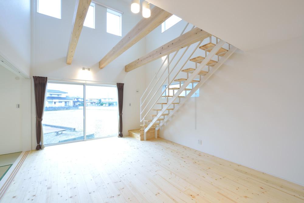 収納スペースを多く設けた注文住宅Simple Box10