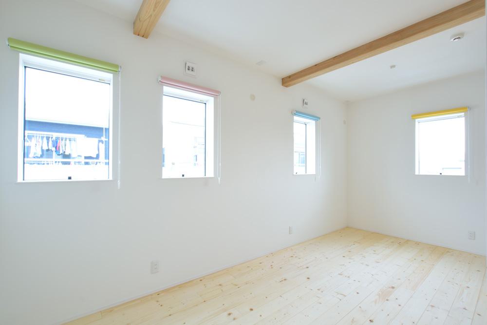 収納スペースを多く設けた注文住宅Simple Box16