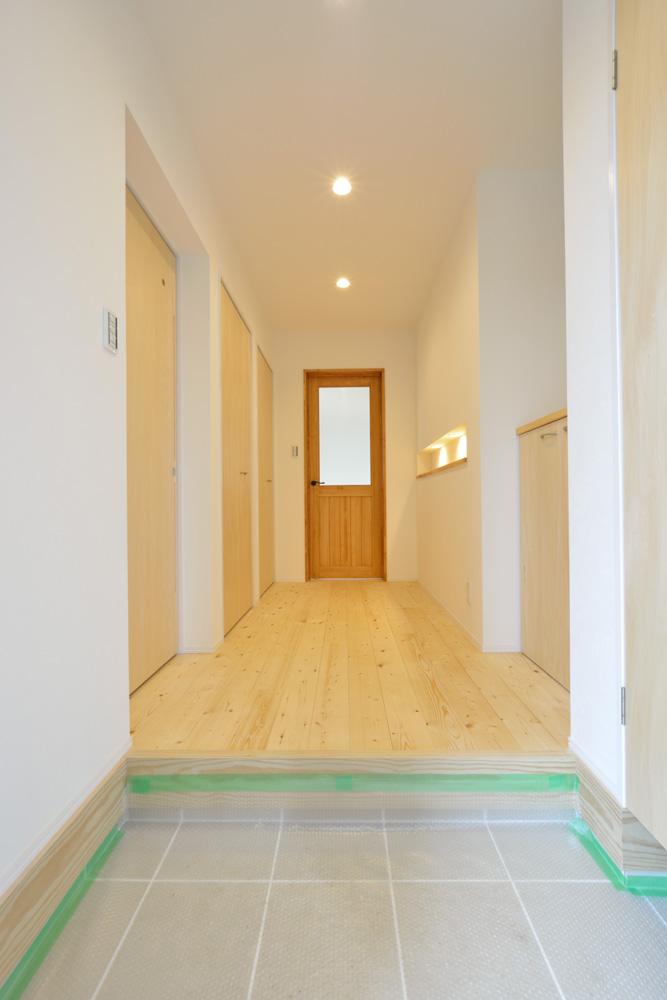収納スペースを多く設けた注文住宅Simple Box03