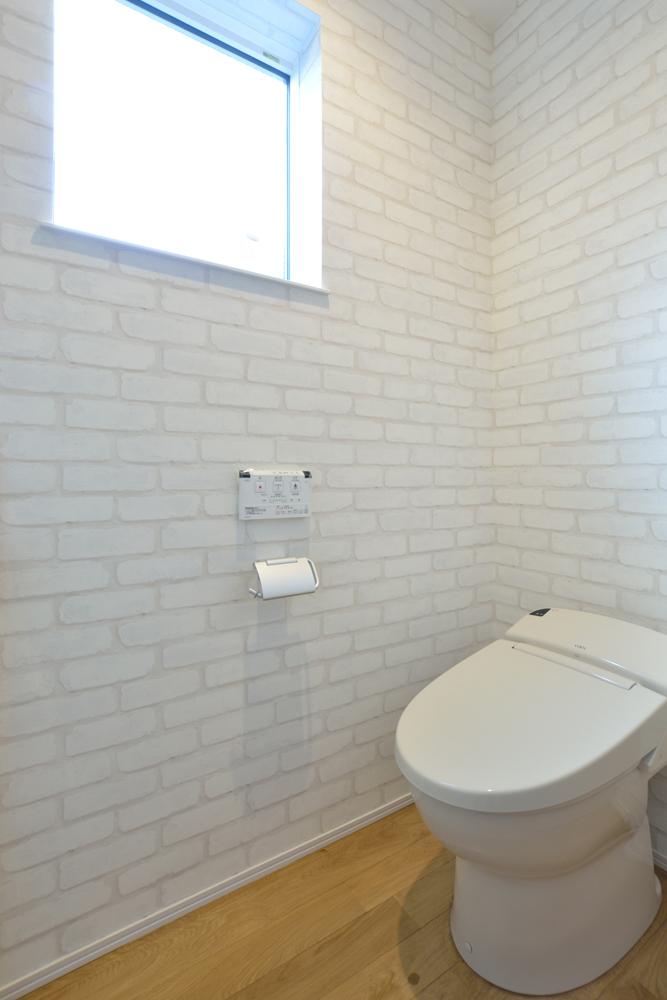 大きな吹き抜けと大きなフリースペースがある注文住宅Simple Box19