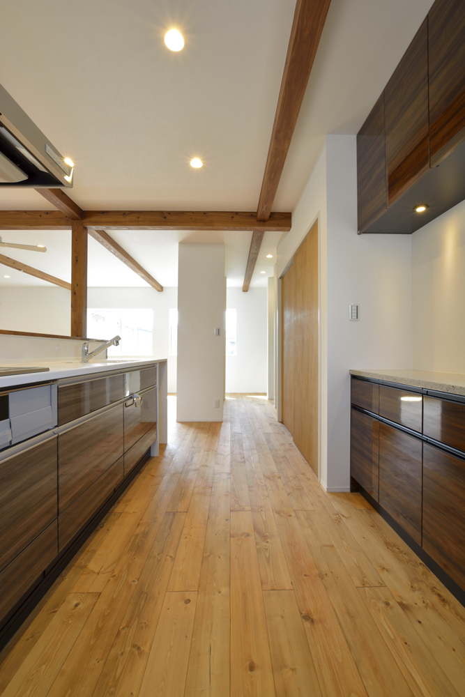 店舗+住まいの注文住宅Simple Box16