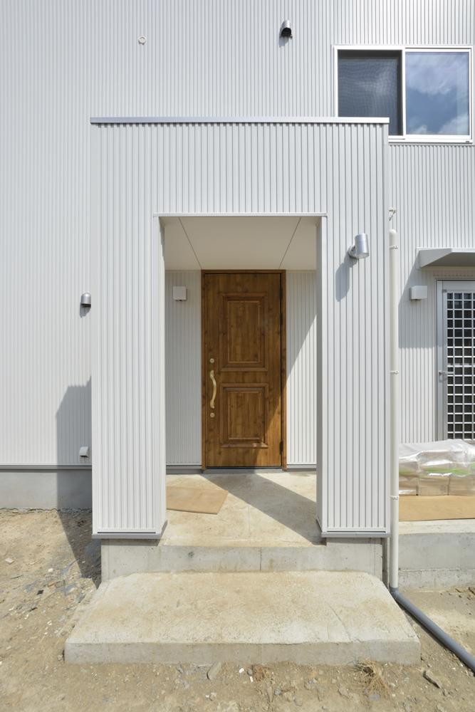 店舗+住まいの注文住宅Simple Box03