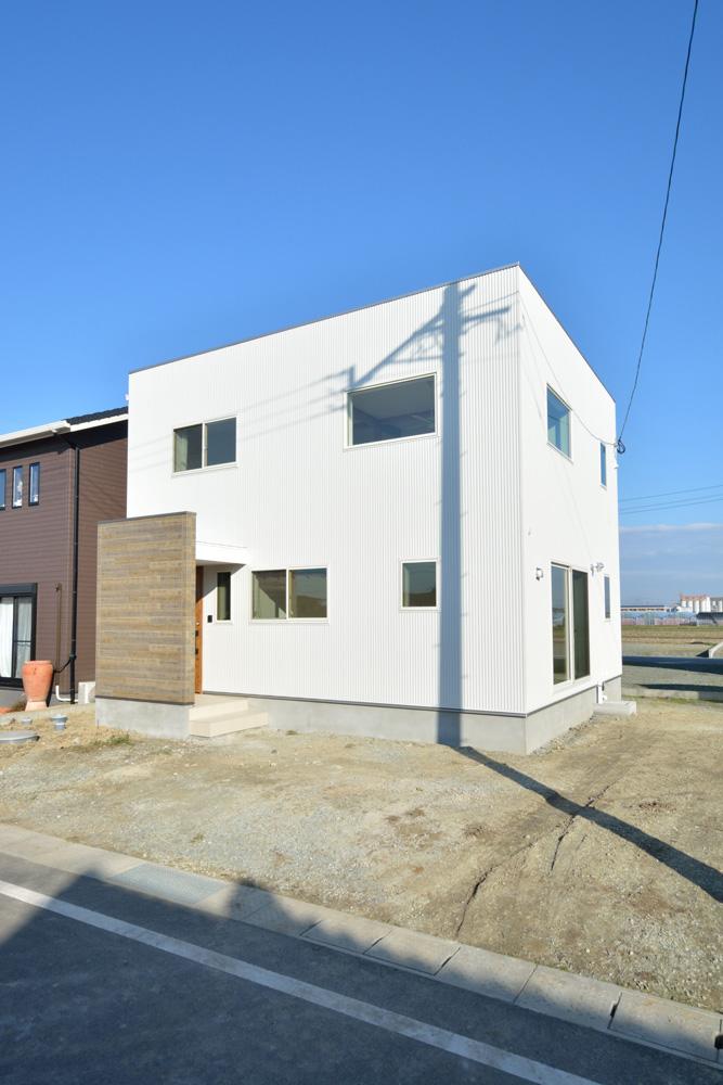 開放感と収納力にこだわった注文住宅Simple Box02
