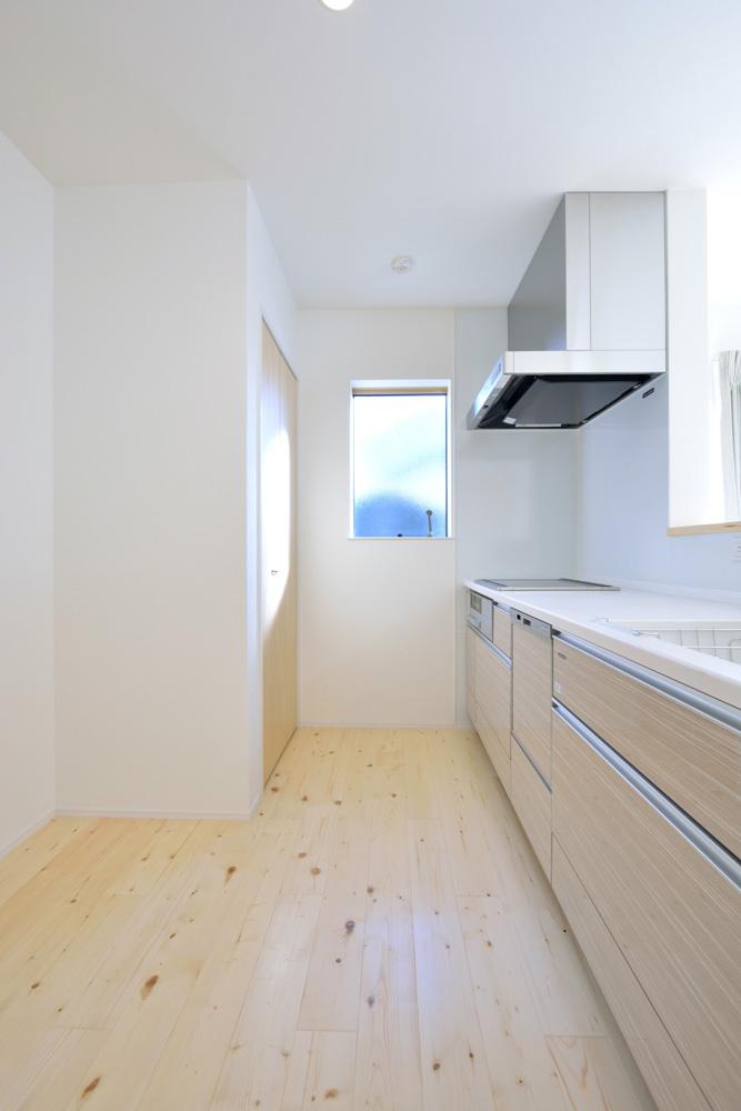 開放感と収納力にこだわった注文住宅Simple Box07