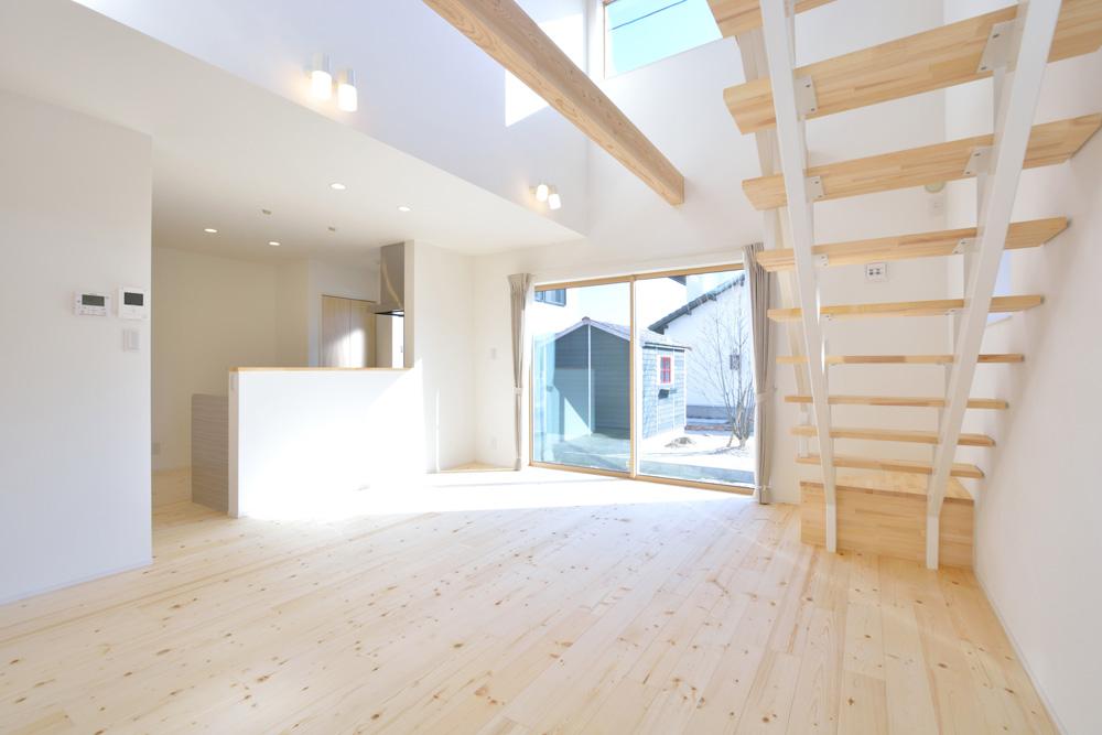 開放感と収納力にこだわった注文住宅Simple Box03