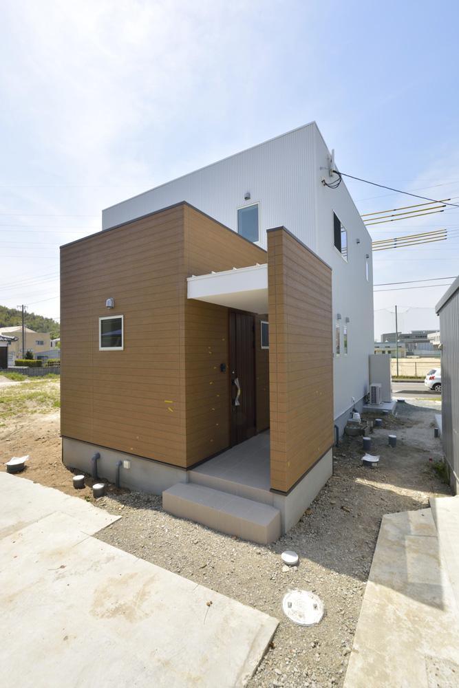 生活動線やフラットな和空間のある注文住宅Simple Box + Box01