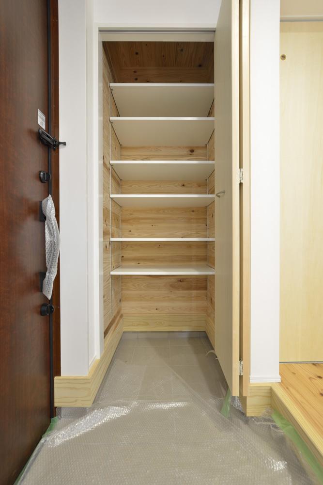 生活動線やフラットな和空間のある注文住宅Simple Box + Box15