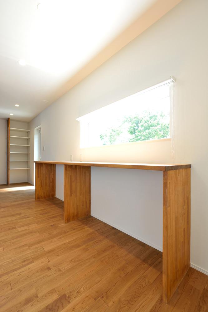 オリジナル収納やこだわりのキッチンスペースのある注文住宅HARMONY04