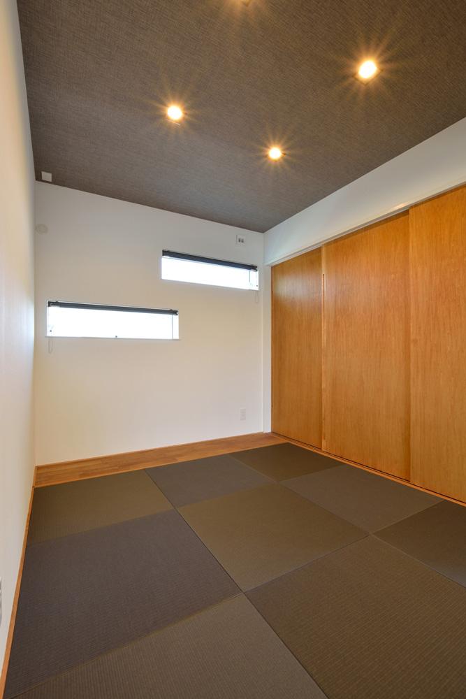 オリジナル収納やこだわりのキッチンスペースのある注文住宅HARMONY02